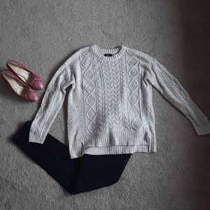 BDG size small sweater